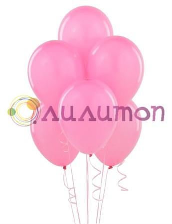 Облако из розовых воздушных шаров