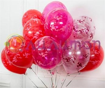 Облако их воздушных шаров 'Ми-Ми-Милитари'