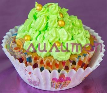 Капкейки с нежно-зеленым сливочным кремом