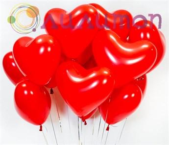 Облако из воздушных шаров красных сердец - фото 8503
