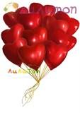 Облако из воздушных шаров фольгированных сердец