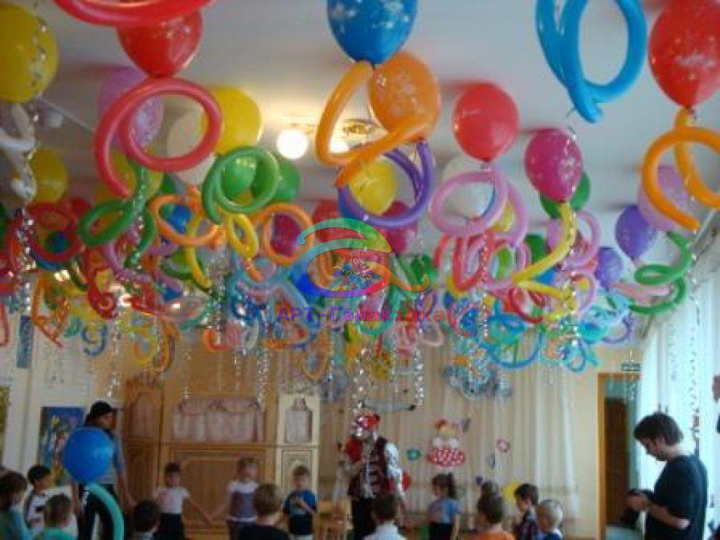 оформление выпускного шарами в детском саду фото